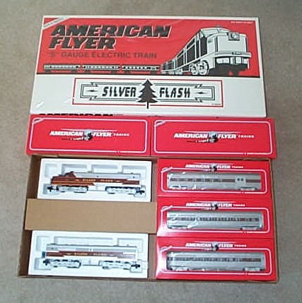 1995 American Flyer Silver Flash Passenger Set (6-49606). Mint Condition.