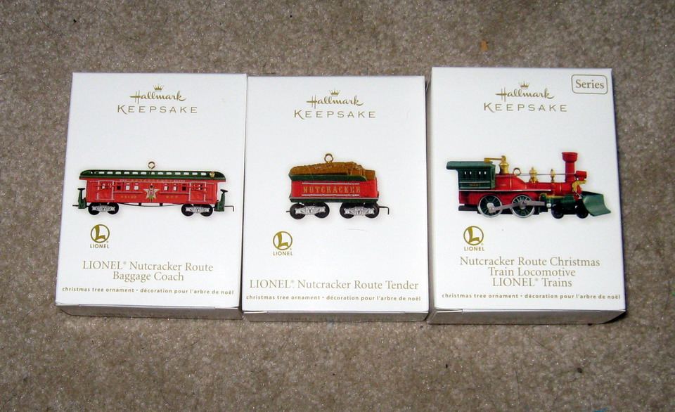 2012 Lionel #17 Nutcracker Loco, Tender, Baggage Coach Set. QX8211, QX12034, QX12001