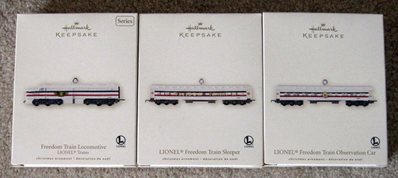 2007 Lionel #12 Freedom Train Loco and Passenger Set. (QX2347, QX12009, QX12017)
